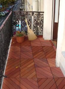 Holzfiesen für den Balkon