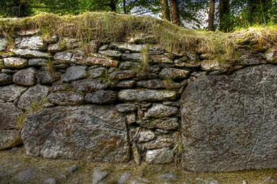 Windschutz Stein